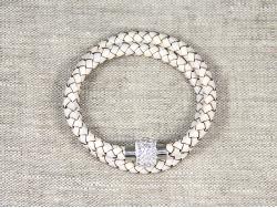 Браслет плетеный белый со стразами от Marina Lurye