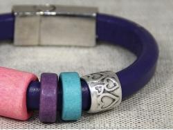 Браслет Regaliz фиолетовый с разноцветными вставками от Marina Lurye
